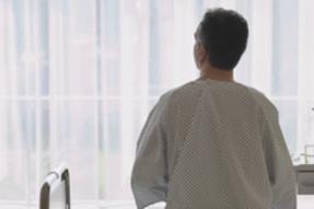 王某,男,58岁,莱山区,肺癌